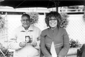 Teréz-Anya-a-fáklyával-300x207 Híres emberek Sri Chinmoyról